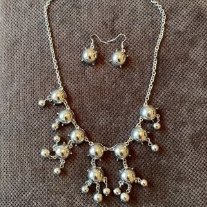Cute necklace and earring set